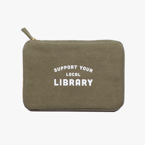 Ipad Pouch / Library